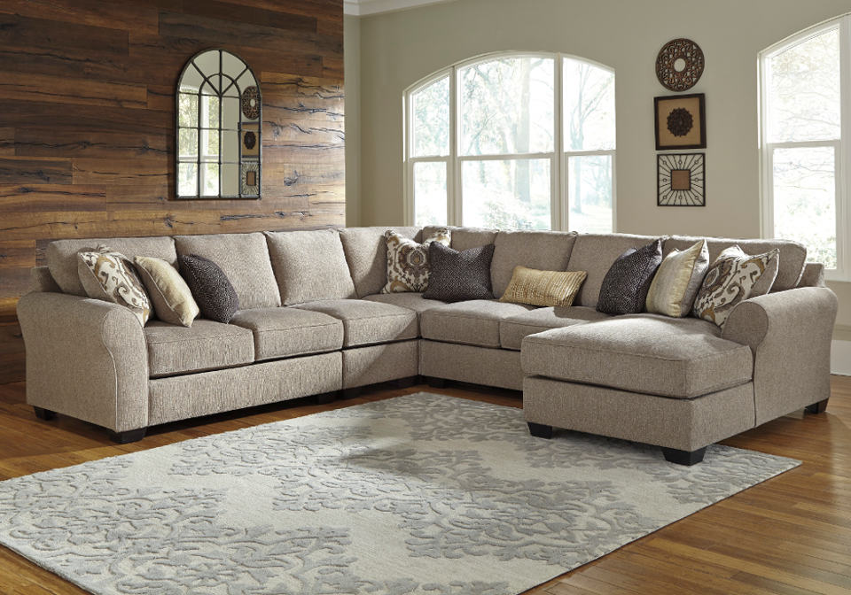 Pantomine Driftwood 5pc Laf Loveseat And Raf Chaise