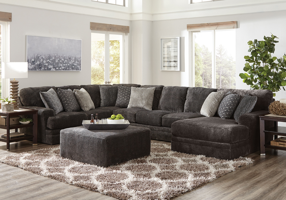 Jackson Mammoth Smoke 3pc RAF Chaise Sectional